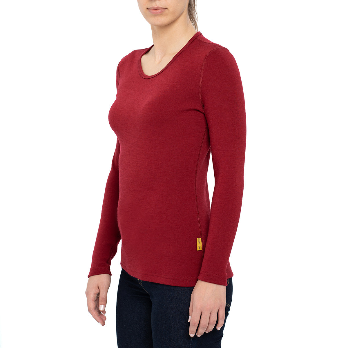 menique 	Women's Merino 250 Long Sleeve Crew Royal Cherry Color