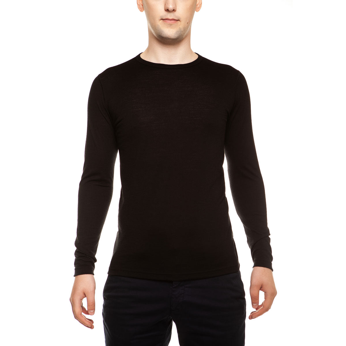 menique Men's Merino 160 Long Sleeve Crew Black Color in nature
