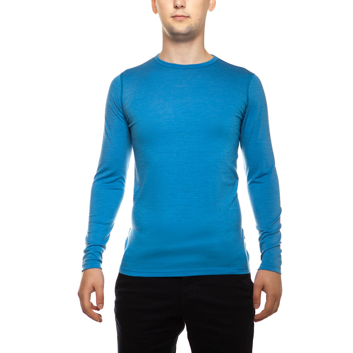 menique Men's Merino 160 Long Sleeve Crew Light Blue Color in nature