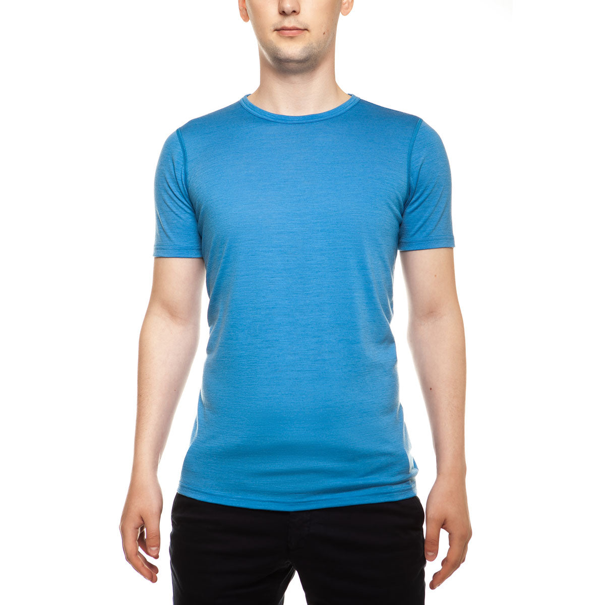 menique Men's Merino 160 Short Sleeve Crew Light Blue Color in nature