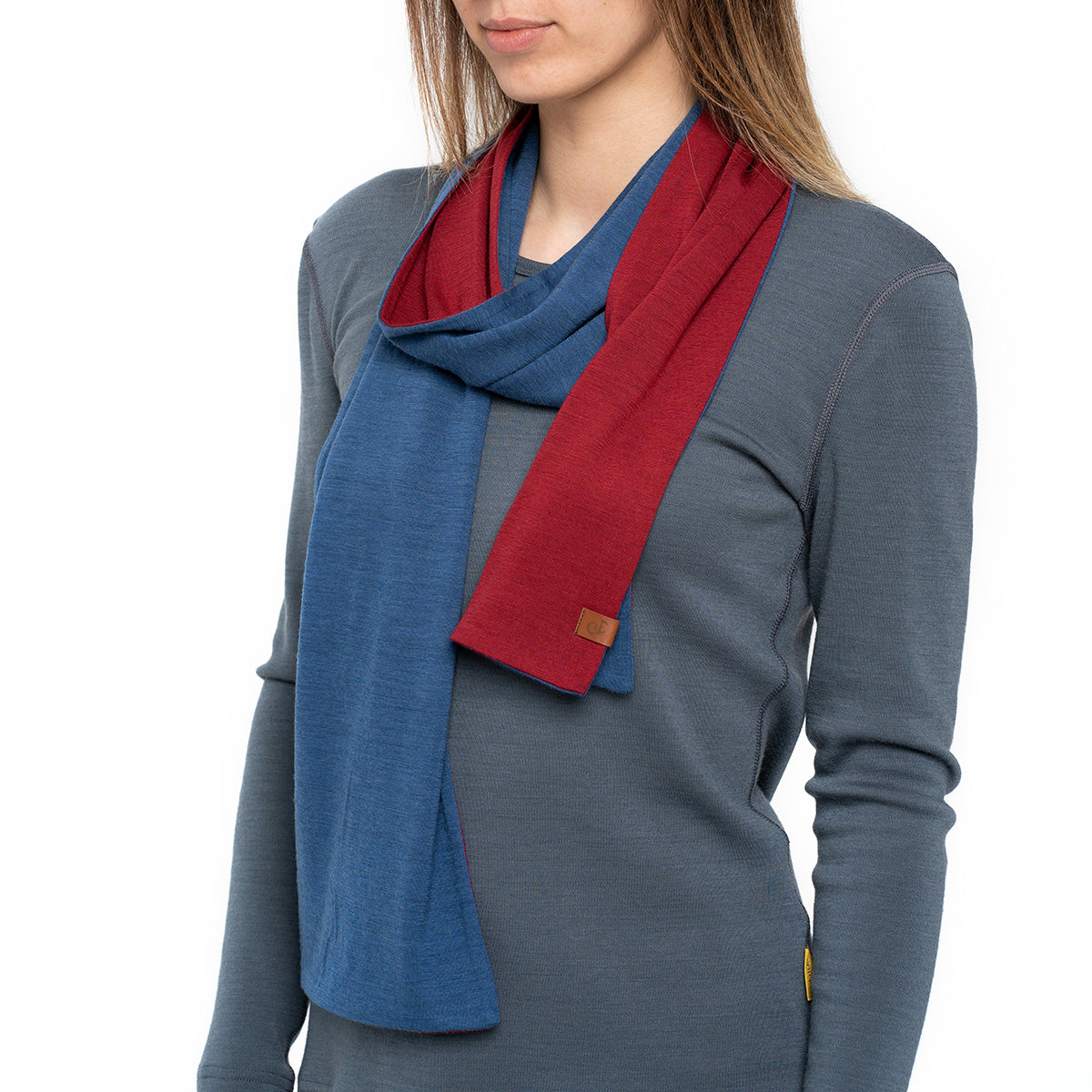 menique Women's Merino Scarf Denim/Royal Cherry Color