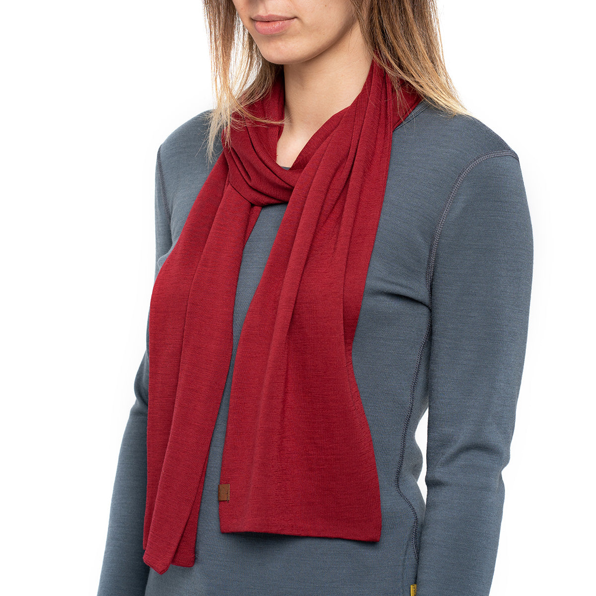 menique Women's Merino Scarf Royal Cherry Color