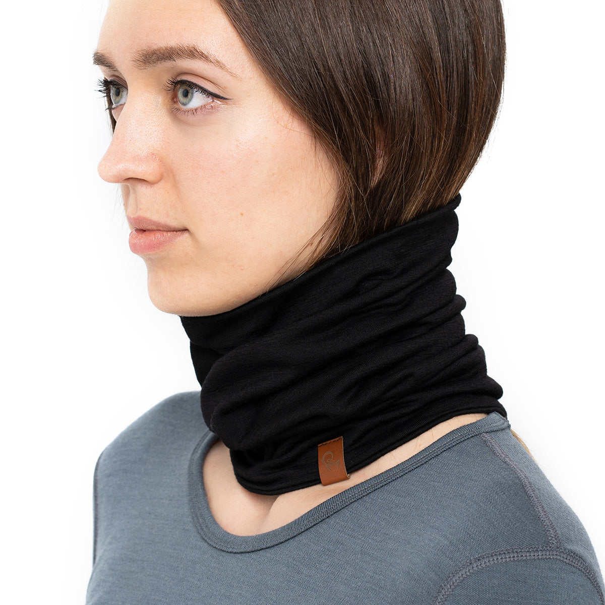 menique Women's Merino Neck Gaiter Black Color
