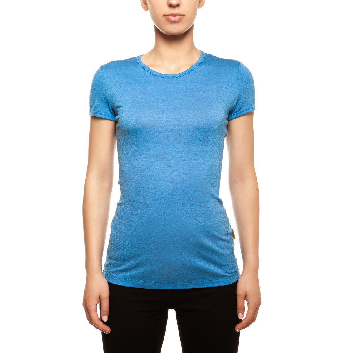 menique Women's Merino 160 Short Sleeve Crew Light Blue Color in nature