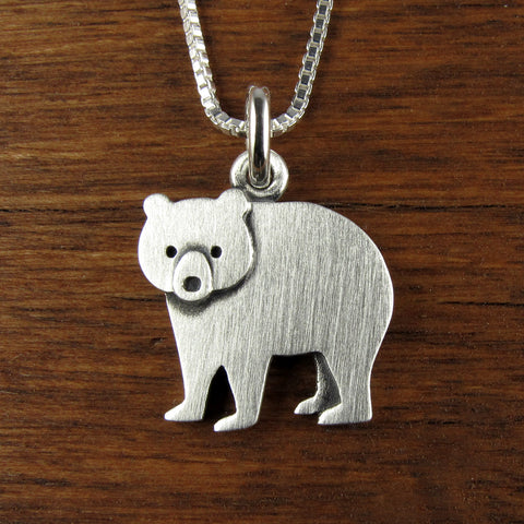 Bear pendant / necklace