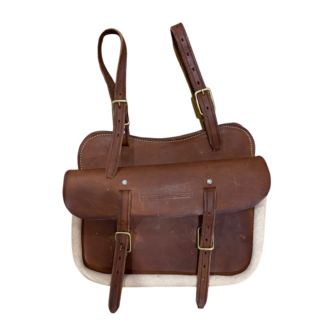 Farm Like Saddle Bag with Pouch