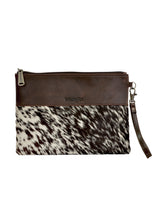 Load image into Gallery viewer, WMNS COWHIDE CLUTCH