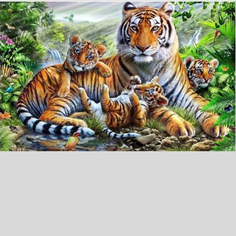 TIGER FAMILY SERIES Diamond Painting Kit - DAZZLE CRAFTER