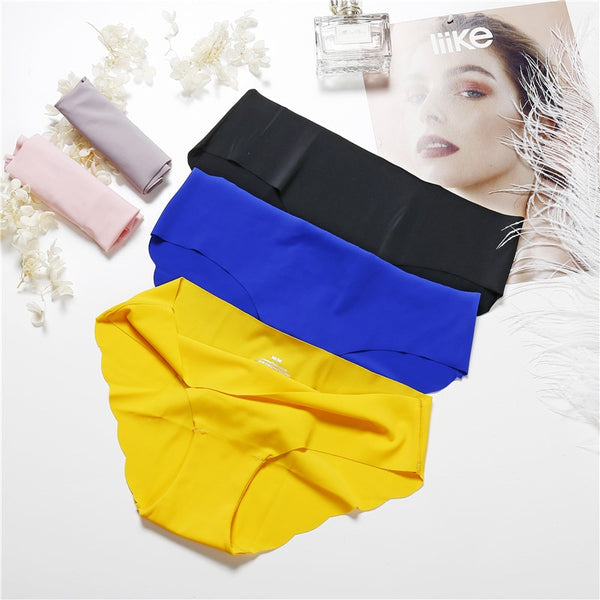 Female Seamless  Low-Rise Briefs Panty Set (3 Pieces)