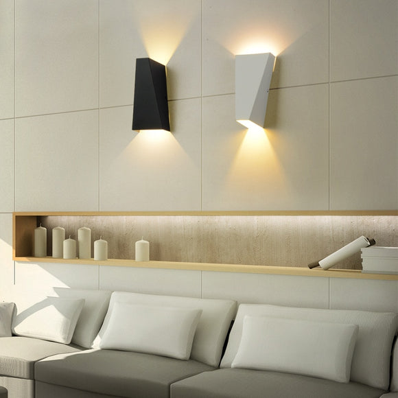 Modern Minimalist Wall Light