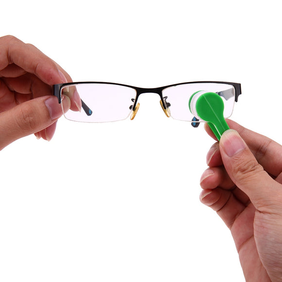 Mini Eyeglass Cleaner