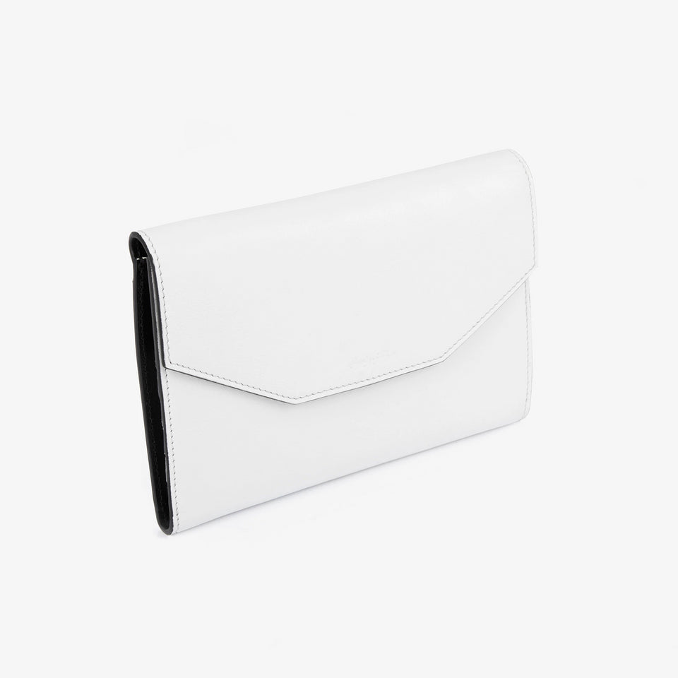 SPE012 | Travel Wallet | Argile