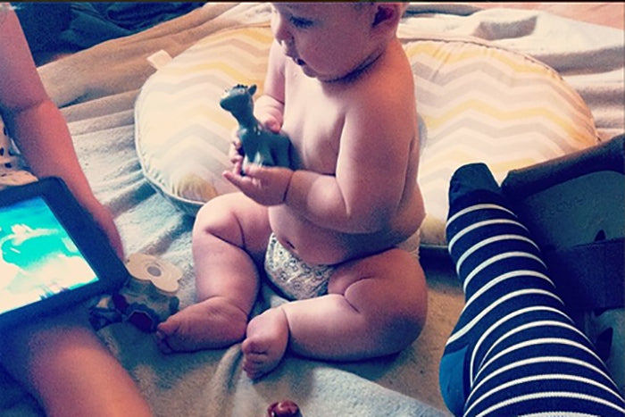 Pregnancy & Parenting Writer Shares a Day in Her Life on Instagram