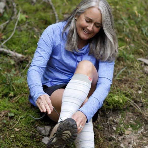 Cotton compression socks for hiking