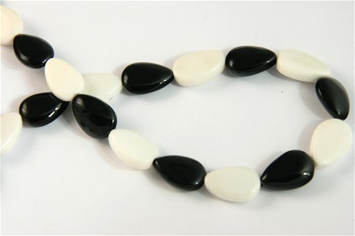 Black and White Agate, 12x18mm, Pear Shape Beads