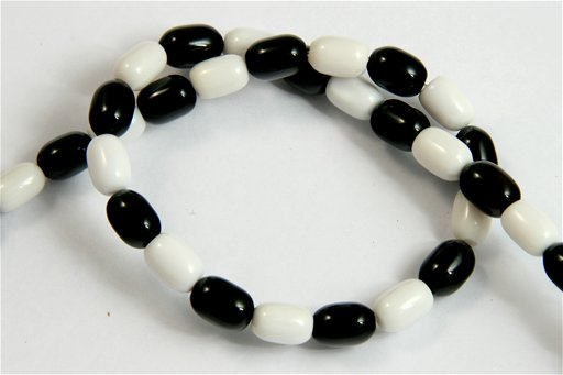 Black and White Agate, 7x10mm, Barrel Shape Beads