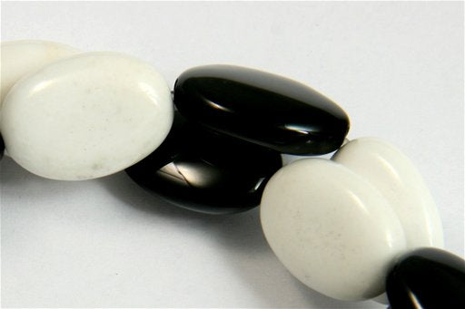Black and White Agate, 13x18mm, Oval Shape Beads