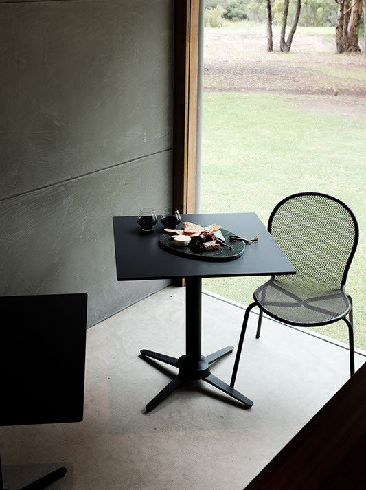 ... Even X4 Classic No Rock Dining Base SM France Contract Furniture Store  ...