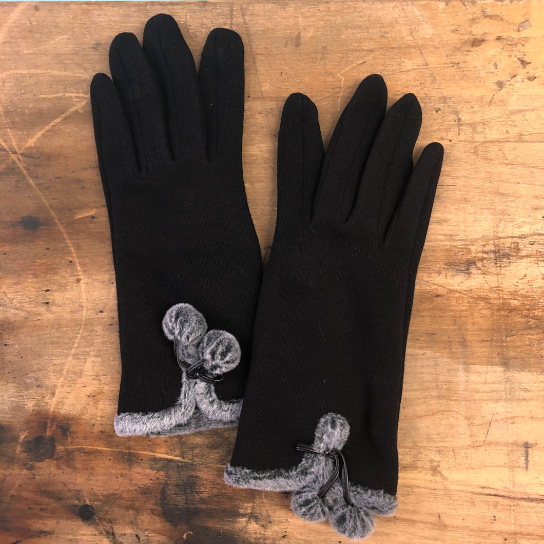 Gloves: Snowball Fight