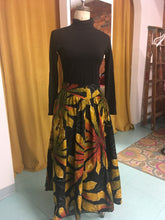 Load image into Gallery viewer, S: Vintage Autumn Dreams Midi Skirt