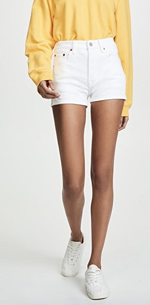 Levi's 501 Short in White