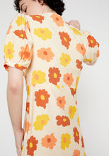 Load image into Gallery viewer, Flower Power Midi Dress