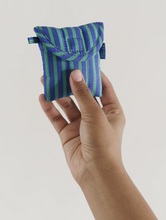 Load image into Gallery viewer, Baggu Puffy Earbuds Case