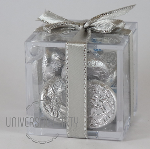 Personalised Square Acrylic Box Filled With Hersheys Kisses Chocolate - Silver Solid Patterned