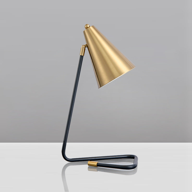 Luxury Metal Horn Shape Table Lamp For Bedroom