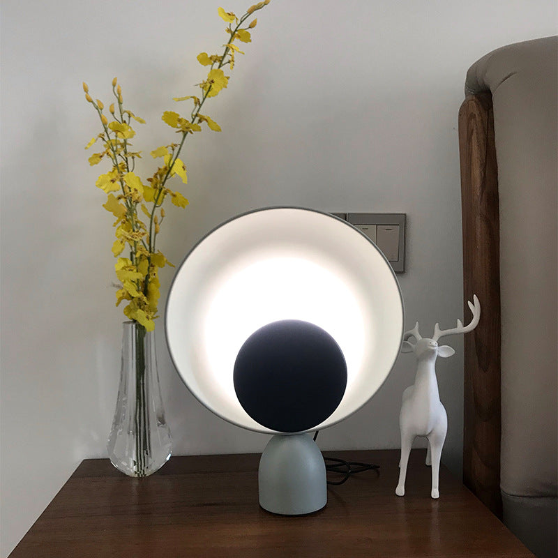 Creative Art Decoration Table Lamp