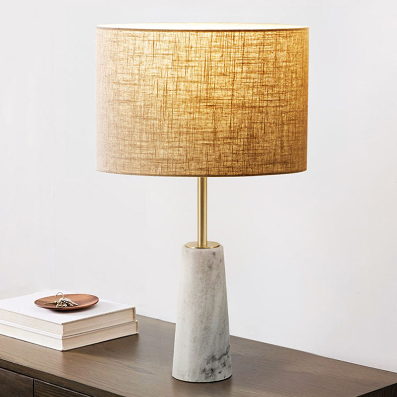 Simple Nordic Style Ceramic Bedside Table Lamp
