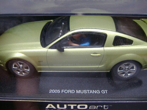 AutoArt 13051 analoges Rennbahnauto Slotcar Ford Mustang GT rot 1:32 NEU & OVP