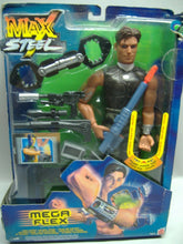 Laden Sie das Bild in den Galerie-Viewer, Mattel  Max Steel - MEGA FLEX Actionfigur 53359 NEU & OVP