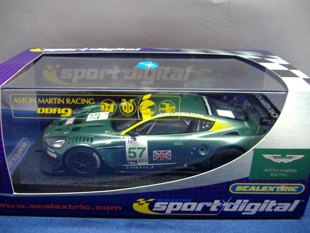SCALEXTRIC digital C2644D Aston martin DBR9 No.57 NEU & OVP