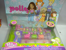 Laden Sie das Bild in den Galerie-Viewer, Mattel -Polly Pocket  Sieradenstudio G 8615 NEU& OVP