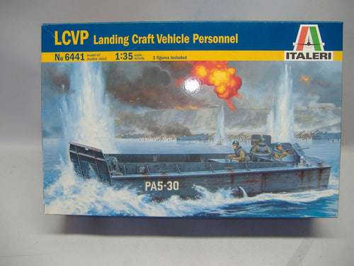 ITALERI  6441 LCVP Landing Craft Vehicle Personnel 1:35  Neu & Ovp