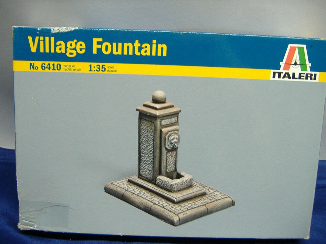 ITALERI 6410 Village Fountain  model kit  1:35 Neu & Ovp