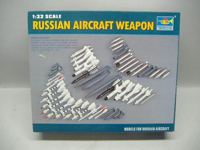 Trumpeter 03301 Russian Aircraft Weapon  1:32  Neu & Ovp