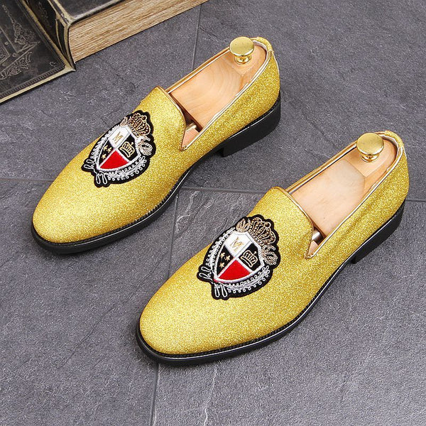 Embroidered men's shoes