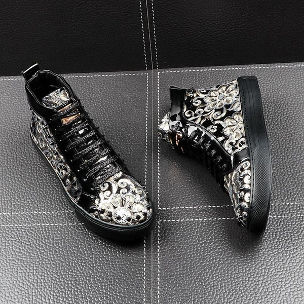 Embroidered rivet  casual shoes