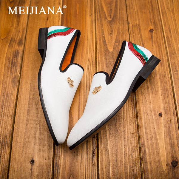 Fashion pointed shoes