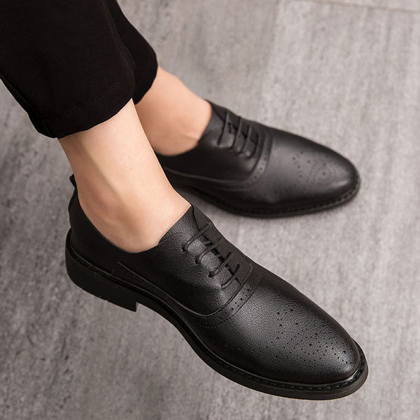 Bullock pointed small shoes