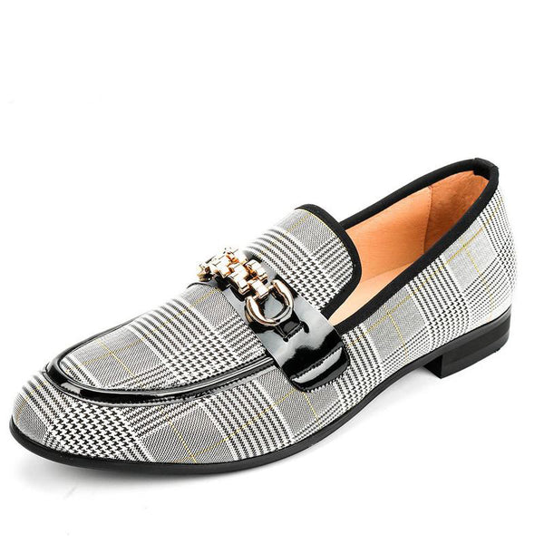 Stylish breathable men's shoes