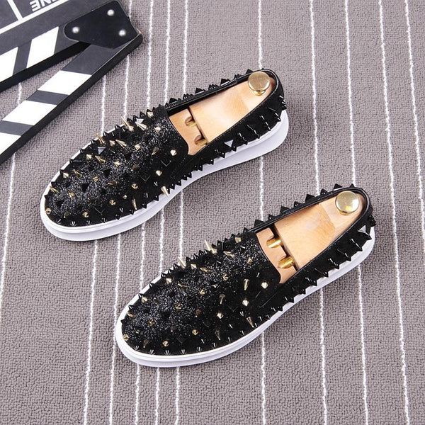 Spikes Pattern Trend Loafers