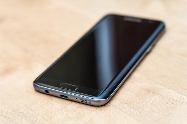Samsung Galaxy S21 Speculations on Its Design and Specs