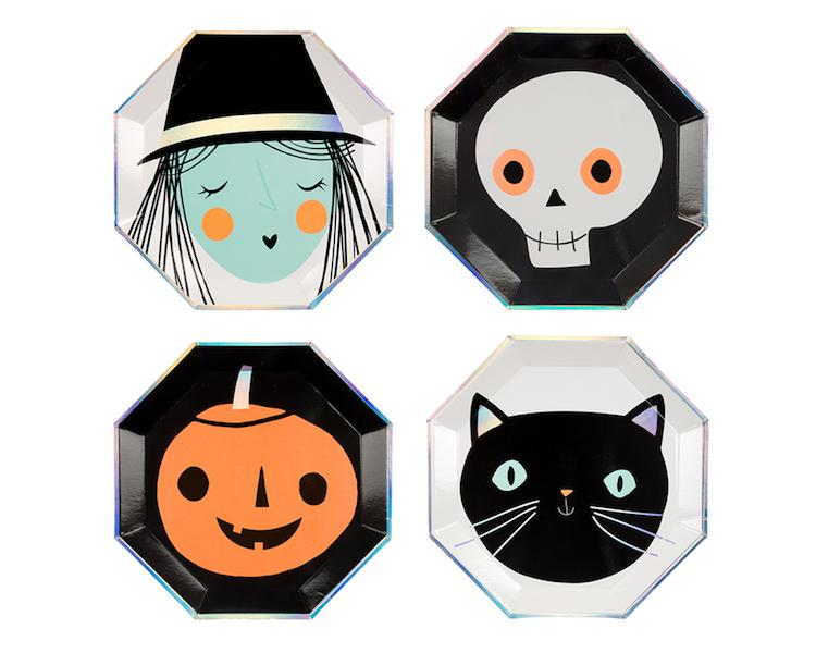 Paper Plates And Bowls - Spooky Assorted Halloween Paper Plates, Large