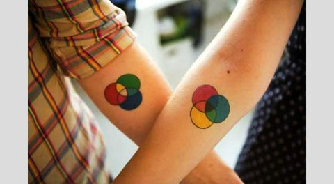Couple tattoos cercles