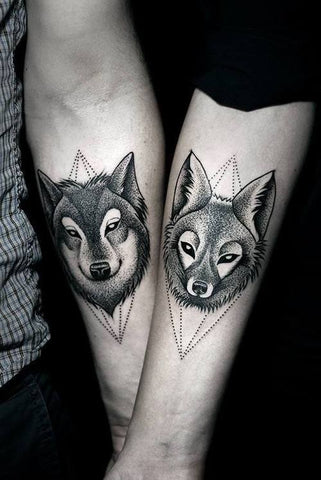 Couple tattoos foxes