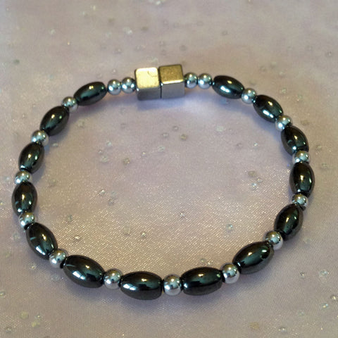 A340  Magnetic Silver Beads with Black Rice Anklet
