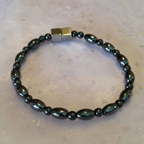 N606  Magnetic Black Bead and Black Rice Necklace